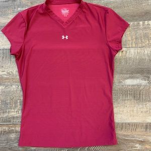 🌻3/20 Under Armour Athletic shirt